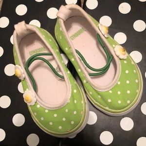 New Gymboree girl shoes 💚🤍